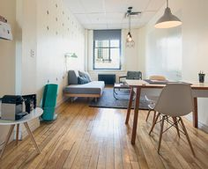 Breather: Drummond #breather #montreal #interiordesign #inspiration #peaceandquiet Rental Space, Floor Chair, Montreal, Office Desk, Dining Table, Interior Design, Inspiration, Furniture, Home Decor