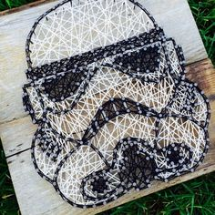 Made to Order - Stormtrooper Inspired - Nail and String Art Disney String Art, Nail String Art, Nerd Crafts, Diy And Crafts, Arts And Crafts, Star Wars Room, Star Wars Art, Coffee Painting Canvas, Diy Projects To Try