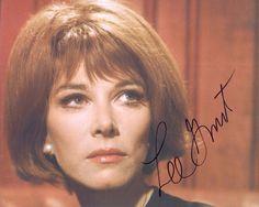 Lee Grant Academy Award OSCAR hand signed 8x10 autograph photo