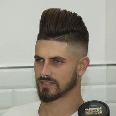 Haircut by javi_thebarber_ http://ift.tt/1mEEP6p #menshair #menshairstyles #menshaircuts #hairstylesformen #coolhaircuts #coolhairstyles #haircuts #hairstyles #barbers