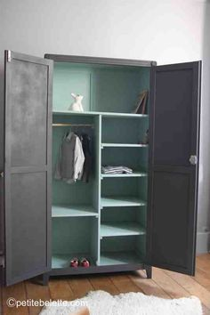 petite armoire penderie vintage trendy little 4 chambres d 39 enfants kids room pinterest. Black Bedroom Furniture Sets. Home Design Ideas