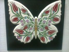 osmanlı çini alanya Turkish Art, Turkish Tiles, Air Dry Clay, Clay Projects, Paint Designs, String Art, Animal Paintings, Butterflies, Mosaic