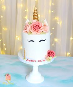 Unicorn Cake #unicorn #cake #birthday #rose #cute #elegant #flowers #Gold #golden #white Unicorn Themed Birthday Party, Spa Birthday Parties, Spa Party, Cake Birthday, Birthday Party Themes, Spa Cake, Rose Cake, Elegant Flowers, Cute Unicorn