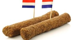 A Curry Sausage (or Frikandel) is in Belgium and the Netherlands, an elongated, dark colored rod for various types of hot fried meat. Flanders is sometimes using it in. Curried Sausages, Big Mac, Meat Chickens, Frappuccino, Kfc, Food Processor Recipes, Dutch, Photo Editing, Curry