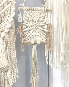 Making owls with owl macrame, a symbol of wealth and wisdom # Macrame interior# Macrame owl # New Ye Macrame Wall Hanging Patterns, Macrame Patterns, Macrame Owl, Micro Macrame, Diy Stockings, Macrame Design, Macrame Projects, Diy And Crafts, Weaving