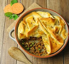 Knusperauflauf #Suesskartoffel #Filoteig #Erbsen #sweetpotatoe #samosapie #groundmeat #hackfleisch #curry #peas #healthy