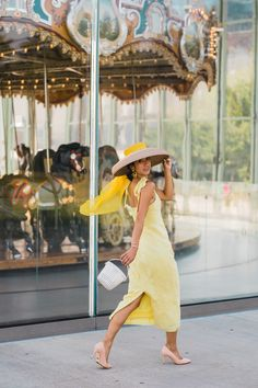Krystal Bick styles the Perfect Pump with a gorgeous yellow dress and wide brimmed hat Orange Dress, Green Dress, Wide Brimmed Hats, Nyc, Thrift Fashion, Vacation Dresses, Spring Summer Fashion, Editorial Fashion, Sunnies