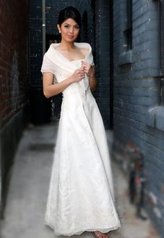 Philippine modern Maria Clara, strapless long gown, A-line with delicate panuelo. Filipiniana Wedding Theme, Modern Filipiniana Dress, Maria Clara Dress Philippines, Bridal Gowns, Wedding Gowns, Filipino Wedding, Filipino Fashion, Tagalog, Traditional Dresses