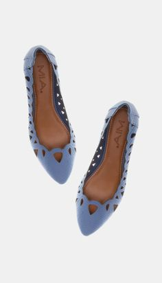 Periwinkle Laser Cut Pointed Toe Flats