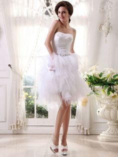 A-line Strapless Knee-length White Tulle Cocktail Dress CD045
