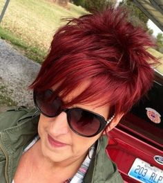 spiky pixie hairstyle for women