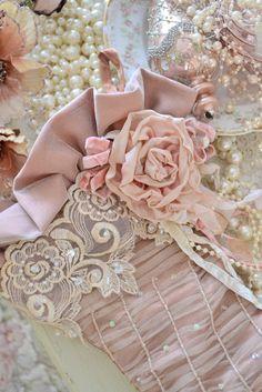 I ❤ ribbonwork . . . soft and feminine