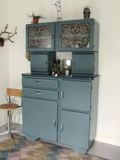 Decor, House Styles, Furniture Makeover, British Decor, Furniture, Vintage House, Old Kitchen, Home Decor, Kitchen Larder
