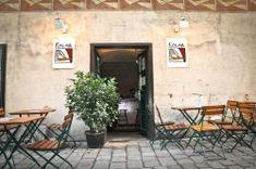 Kolar   Fladen. Bier. Original. Life Is Beautiful, Places To Go, Patio, Outdoor Decor, Vienna, Restaurants, Home Decor, Beer, Decoration Home