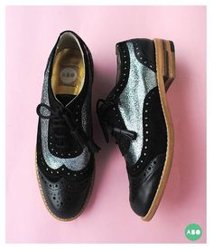 ABO SHOES https://www.facebook.com/abointerior/photos/pb.174299486098410.-2207520000.1419365895./333189140209443/?type=1&theater