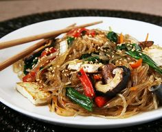 Vegetarian / Vegan Japchae: Korean stir fried noodles with veggies.