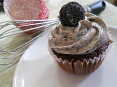 Probably the best cupcakes I've ever made. Death by Oreos.