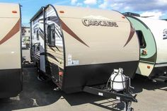 2016 New Forest River CASCADE Travel Trailer in Washington WA.Recreational Vehicle, rv, 2016 FOREST RIVER CASCADE, BUNK MODEL! This new 2016 Forest River Cascade Lite 16BHS is equipped with air conditioning, an interior stereo system and overhead cabinets for storage. In addition, there is a booth dinette for dining, entertaining and additional sleeping quarters. The kitchen in this RV is equipped with a single bowl sink, a 2-burner stove top, microwave and single door refrigerator…