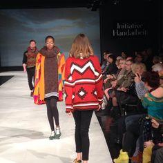 Trend Ethno-Look. DIY-Fashion auf der Trendmodenschau der Initiative Handarbeit auf der h+h cologne. Modell: ggh