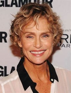 Pin for Later: Mind the Gap: 12 Celebrities Who Embrace Their Gap-Toothed Grins Lauren Hutton Lauren Hutton, Gap Teeth, Smile Teeth, Mind The Gap, Timeless Beauty, Wavy Hair, In Hollywood, Short Hair Styles, Facial