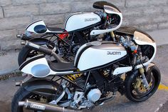 "1993 twin Ducati 900ss ""Low Pipe"" from Union Motorcycle"