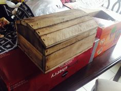 Small/medium sized treasure chest, made all out of a pallet