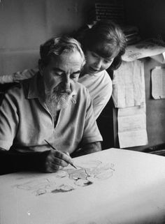 """Al Hirschfeld was an American cartoonist known for his amazing caricature portraits of celebrities. Hirschfeld also liked to hide the name of his daughter """"Nina"""" in his cartoons."""