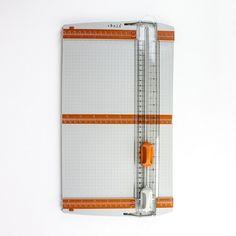 153E Tonic Studios Tools - Super trimmer -snijmachine