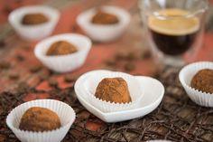 Zubereitung: 15 Min. Wartezeit: 1 Std. Zutaten für ca. 40 Stück: Creme: 250 g Mascarpone 1 Espresso oder Orangensaft (abgekühlt) nach B...