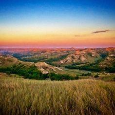 Looking #east over the #littlemissouririver as the sun sets behind us at #elkhornranch in the #badlands of #northdakota  #sunset #teddyroosevelt #TRNP #findyourpark #theodorerooseveltnationalpark #camp #hike #travel #discover #explore #midwest  #backroads #puremidwest #venusbelt #northdakotaphotographer #bakken #beautifulbakken #ndlegendary #marysphotos #longxvisitorcenter #watfordcitynd #medora http://ift.tt/1J6Nfso