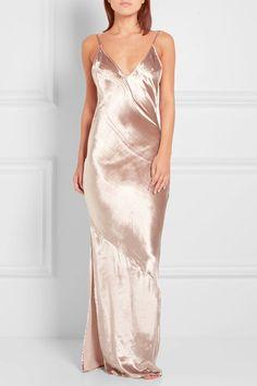 Antique-rose velvet Slips on  82% viscose, 18% silk; lining: 95% polyester, 5%…