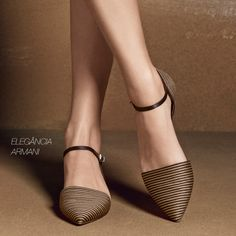 Simplicidade e elegância nesta pequena seleção de modelos Armani!