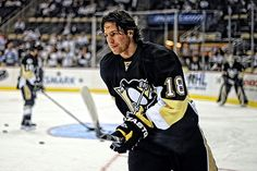 James Neal, left-winger for the Pittsburg Penguins, was fourth in NHL scoring with 40 goals.
