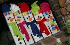 "Hinged Wooden Snowman Family DIY.   (And then just take off the hardware if you have an ""unhinged"" day.... LOL!  Kidding!)"