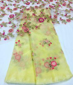 Organza Saree with Emboridery blouse Simple Sarees, Trendy Sarees, Fancy Sarees, Party Wear Sarees, Half Saree Designs, Sari Blouse Designs, Saree Blouse Patterns, Organza Saree, Chiffon Saree