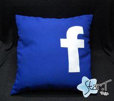 Almofada do Facebook R$35,00