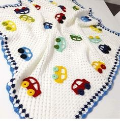 39 New Baby Blanket Patterns – Knitting And We Crochet Baby Poncho, Crochet Baby Cocoon, Crochet Blanket Patterns, Baby Knitting Patterns, Crochet Flower Squares, Crochet Phone Cases, Crochet Crafts, Diy Crafts, Baby Kind