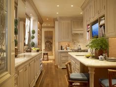 Kitchen - www.tuckerandmarks.com
