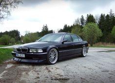 BMW E38 Visit us on Facebook https://www.facebook.com/bmwklubsrbija