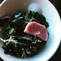 An impromptu lunch in the middle of the week with one of my besties is reason enough to celebrate, but I got an added bonus with prix fixe lunch menu at @ricemb It was a feast, including this yummy seaweed salad! #wheretoeat #vegandining #healthyeating #veegmama #whatveganseat