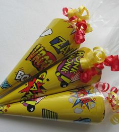 x1 Pop Art/Super Hero/sweet cone/party cone/party bag/loot bag/party favours