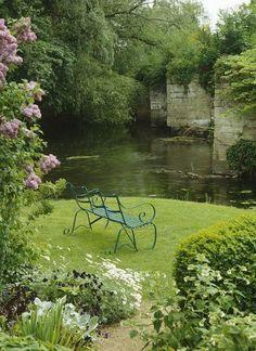 Raised garden bed Backyard#backyard #bed #garden #raised Country Landscaping, Garden Landscaping, Landscaping Ideas, The Secret Garden, Nature Aesthetic, Garden Cottage, Garden Oasis, Parcs, Dream Garden