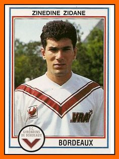 Zinedine Zidane w FC Girondins Bordeaux Uefa Football, Football Icon, Best Football Players, Football Is Life, Retro Football, Football Design, World Football, Vintage Football, Soccer Players