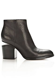 It's time to start shopping for fall ankle boots. Here are 10 pairs to covet this season.