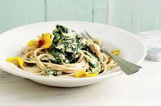 Spaghetti mit Spinat und Hafersahne - Schrot und Korn - Das Kundenmagazin für den Naturkosthandel