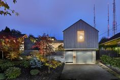Artist Residence in Seattle by Heliotrope Architects