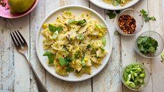 Una ricetta del New York Times per imparare a preparare la pasta con crema di mais. Video.