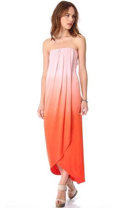 Young Fabulous & Broke Brooklyn Ombre Maxi Dress | What to Wear to a Wedding | Floor-Length Dresses #weddingattire #weddingdresscode #weddingseason