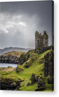 Castles In Ireland, Scotland Castles, Scottish Castles, Scotland Landscape, Ireland Landscape, Castle Ruins, Medieval Castle, Abandoned Castles, Abandoned Places