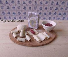Italian cannelloni preparation board - Handmade miniature food